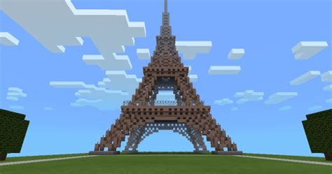 Eiffel Tower Remake by Skeletra (10000+ downloads