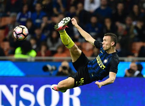 Manchester United ready to meet valuation for Ivan Perisic