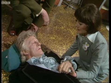 Third Doctor regenerates - Doctor Who: Planet of the