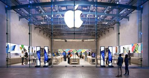 Apple Store - Mall of the Emirates - Apple Stores in Dubai