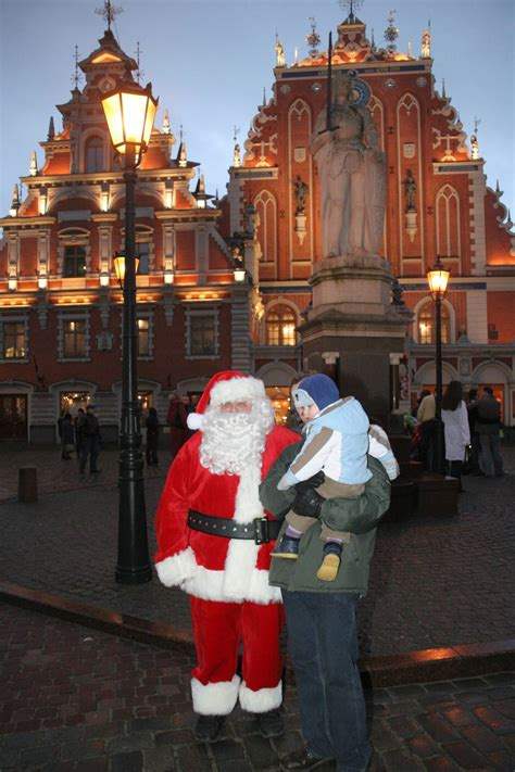 Santa Claus Visits Home of the First Christmas Tree - Riga