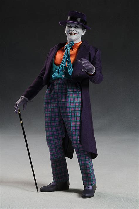 Review and photos of Jack Nicholson Joker action figure by