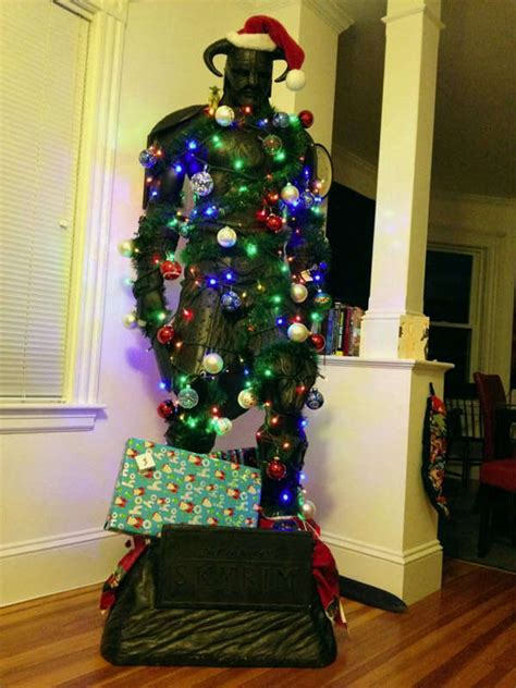 Festively Decorated RPG Statues : Gamer Christmas Tree