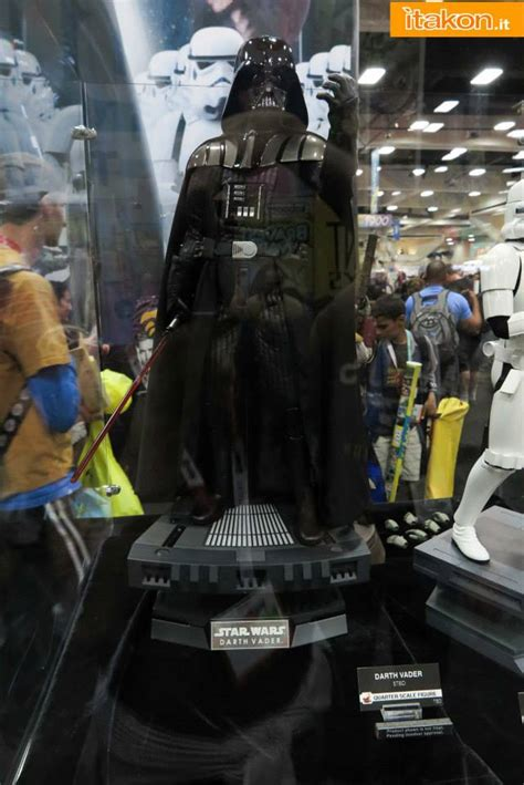Darth Vader (Revenge of the Sith) - 1/4 Scale Figure [Hot