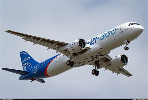 The first Russian MC-21-300 has performed its maiden