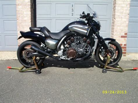 V-MAX 2009 VMAX 1700 for sale on 2040-motos