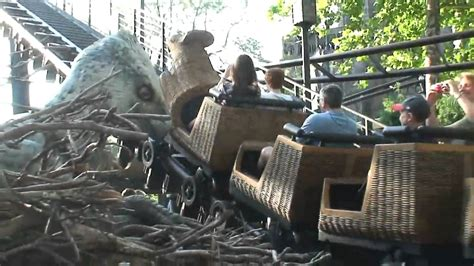 Flight of the Hippogriff ride POV with Hippogriff